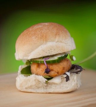 Salmon sliders - Thai Asian Salmon Sliders with coconut aioli