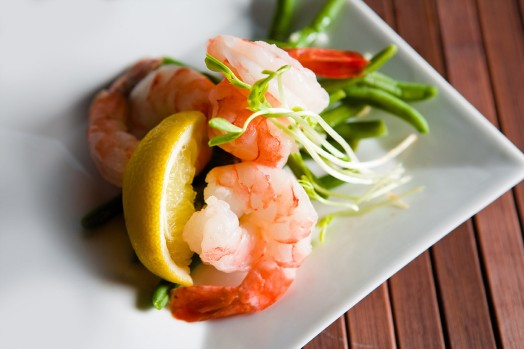Seared prawns and french beans blanched and lemon vinaigrette